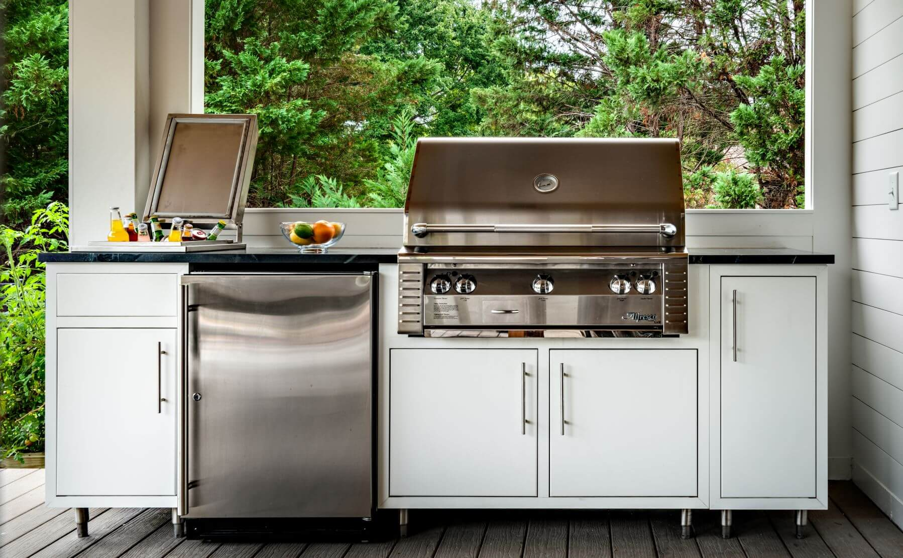 aluminum outdoor kitchen design with stainless steel grill