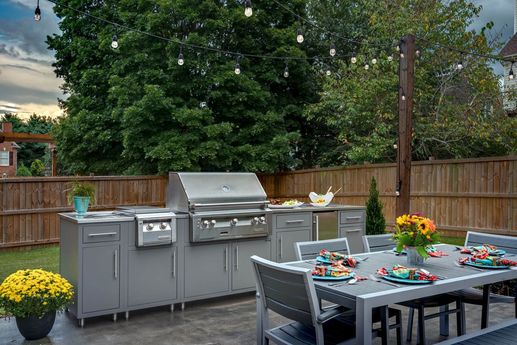 aluminum outdoor kitchen cabinet design with stainless steel grill