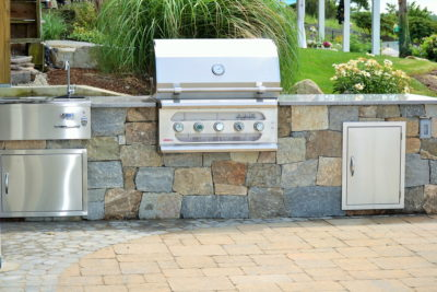 outdoor modular kichen, stone outdoor kitchen cabinets, stainless steel grills, American muscle grill, beverage center