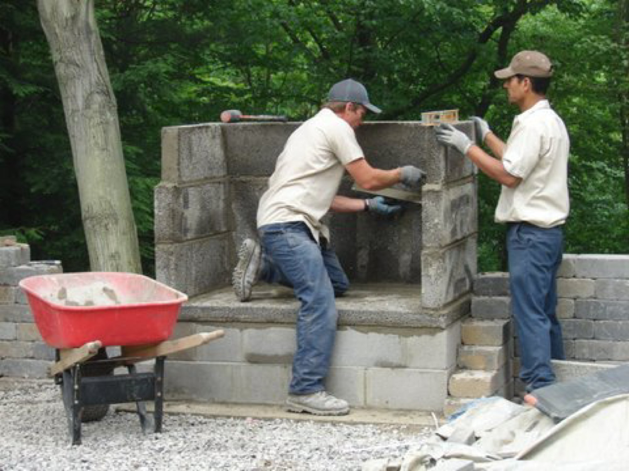 Outdoorfireplace_4822contractor.jpg
