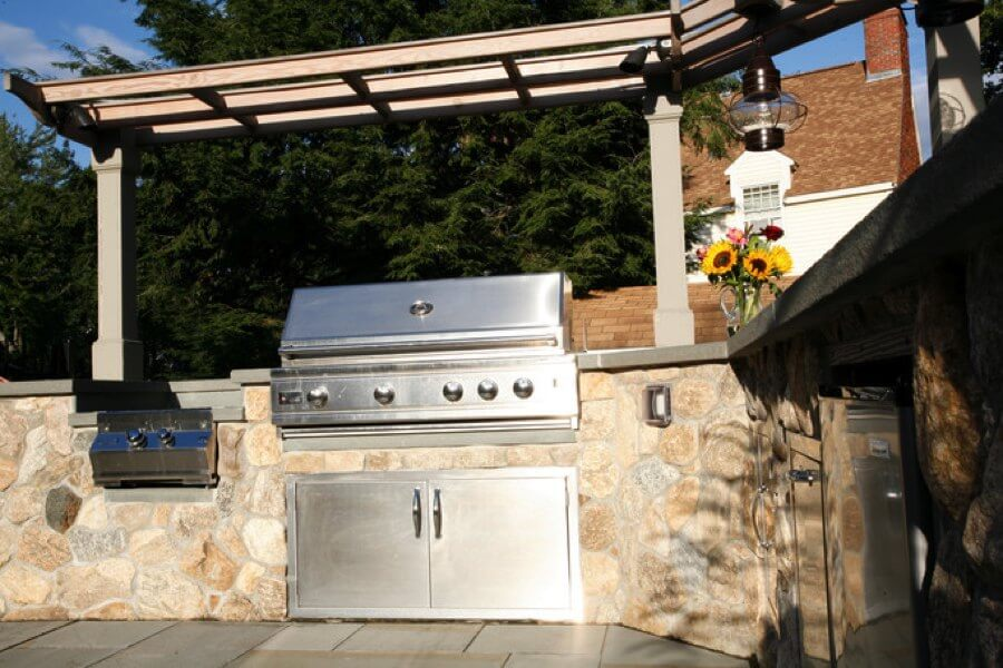 outdoor kitchen, modular outdoor kitchen cabinets, stainless steel grill, outdoor kitchen cabinets